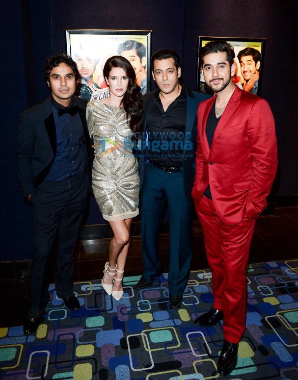 Salman Khan graces the red carpet premiere of 'Dr. Cabbie'