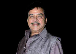 Shatrughan Sinha returns on stage after 14 years