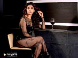 Celebrity Wallpapers of Radhika Apte