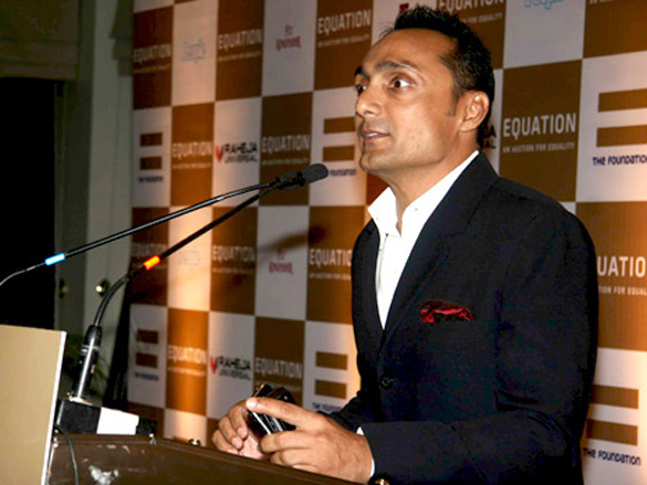 Rahul Bose at 'Equation', a sports memorabilia auction