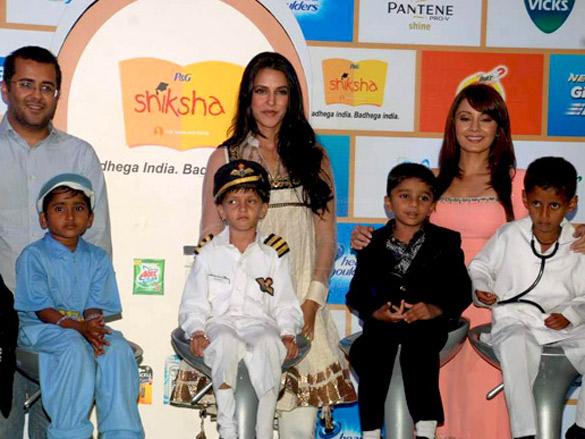 Neha Dhupia and Minissha Lamba at P&G Shiksha event closure