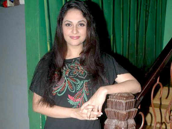 Gracy Singh and Sheena Chohan at Dr. Manish Maladkar's book launch
