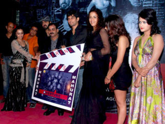 Photo Of Zakir Hussain,Aaryamaan,Ajay Yadav,Amar Upadhyay,Gauri Karnik,Preeti Chauhan,Ramnita Chaudhry From The Mahurat of film 'Overtime'