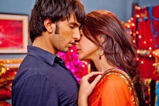 Movie Still From The Film Band Baaja Baaraat,Ranveer Singh,Anushka Sharma