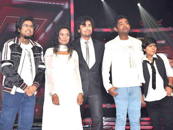 Shreya Ghoshal at 'X Factor India' 12 finalists' introduction