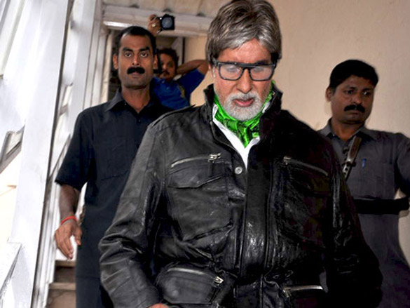 Amitabh Bachchan graces KBC photoshoot