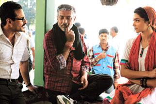 On The Sets Of The Film Aarakshan Featuring Amitabh Bachchan,Saif Ali Khan,Manoj Bajpayee,Deepika Padukone,Prateik Babbar,Shabana Azmi