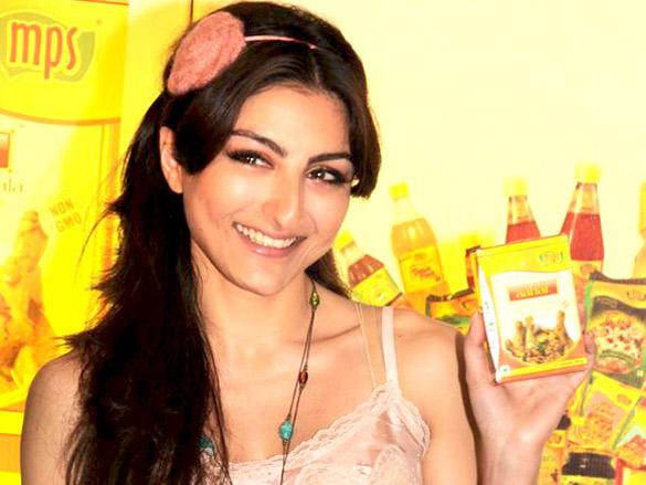 Soha Ali Khan at MPS organic masala launch