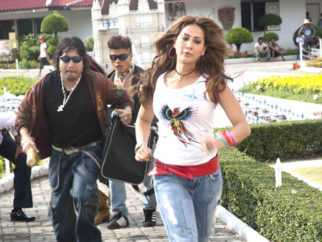 Movie Still From The Film Loot,Mika Singh,Kim Sharma