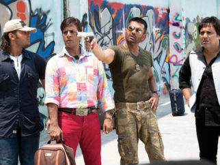 Movie Still From The Film Loot,Mahaakshay Chakraborty,Jaaved Jaaferi,Suniel Shetty,Govinda