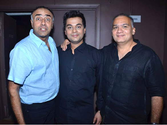 Photo Of Rajat Kapoor,Zafar Karachiwala,Rahul Dacunha From The Kunal Ganjawala at the Bombay Talkies play
