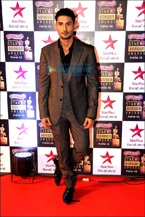 Style Check: Star Screen Awards 2016 - Male