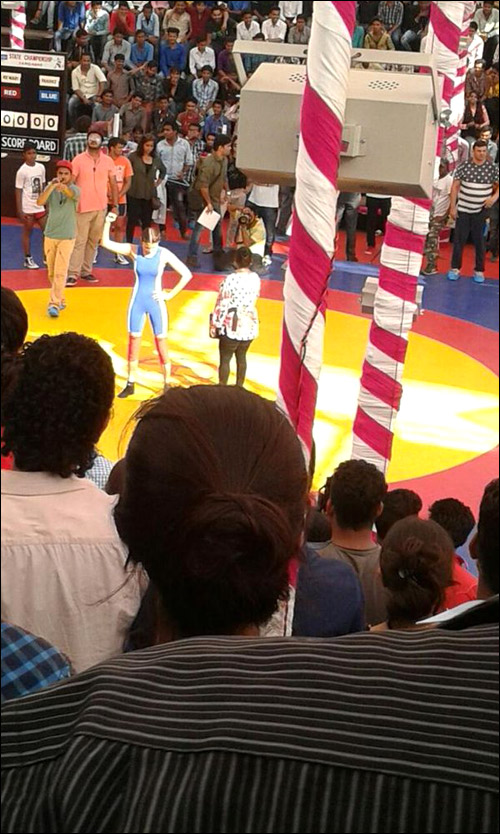 Spotted: Salman Khan and Anushka Sharma come together in a wrestling ring