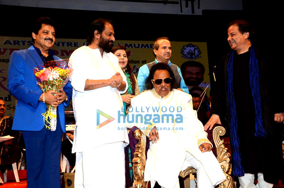 Ravindra Jain celebrates his 71st birthday with friends and fans