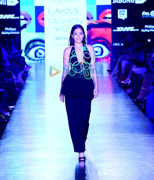 Waluscha De Sousa walks for Wendell Rodricks at Lakme Fashion Week 2015