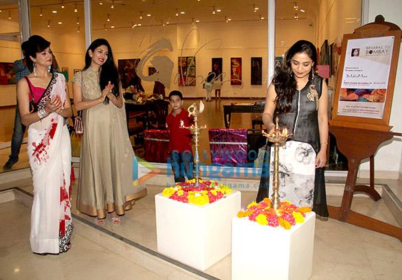 Pooja Batra & Deepti Bhatnagar grace Rekha Rana's art collection show 'Benaras to Bombay – Romancing with Art'