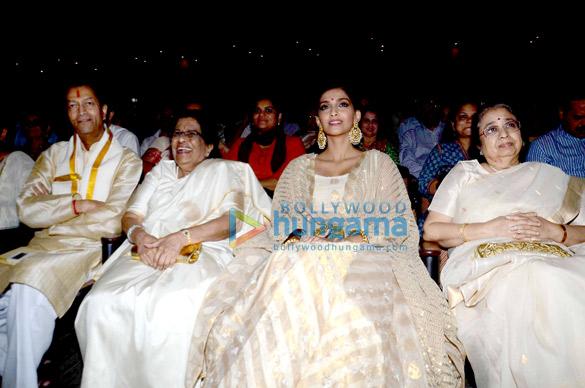 Sonam Kapoor, Usha mangeshkar