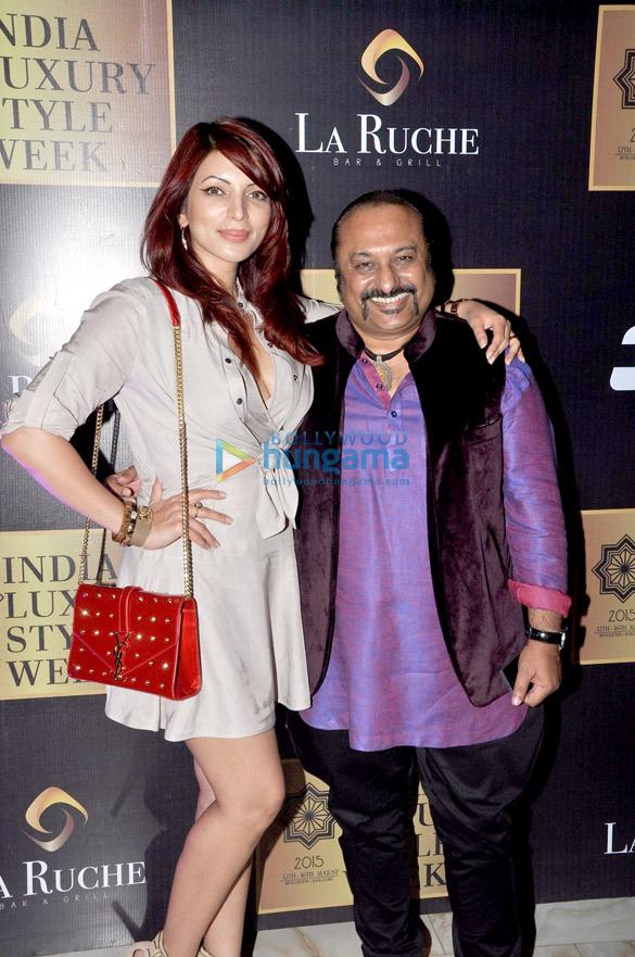 Akshay Kumar & Neil Nitin Mukesh grace the launch of 'India Luxury Style Week'