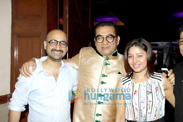 Hitesh Sonik, Abhijeet, Sunidhi Chauhan
