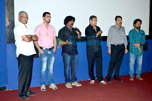 Mohan Joshi, Gashmeer Mahajani, Mahesh Manjrekar
