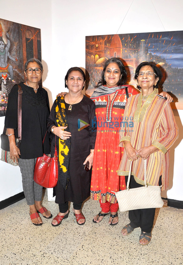 Vipta Kapadia, Kiran Chopra, Varsha Vyas, Devyani Pareek