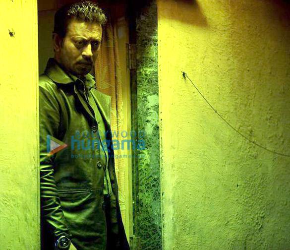 Download Full Song Tera Sara Gussa: Jazbaa 2015 Movie Stills - Bollywood Hungama