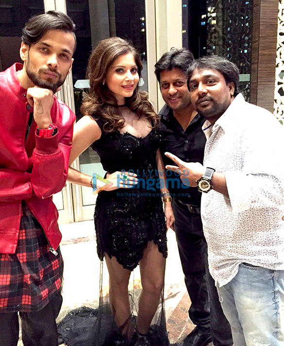 Kanika Kapoor launches her single 'Teddy Bear' at Palladium