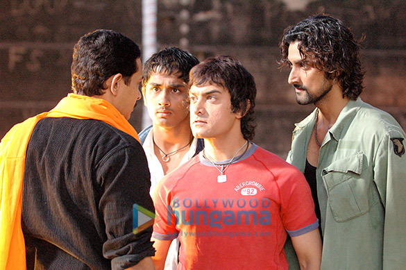 Atul Kulkarni, Siddharth, Aamir Khan, Kunal Kapoor