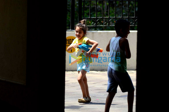 Sanjay Dutt's kids snapped playing holi