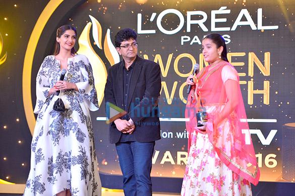 L'Oreal Paris 'Women of Worth Awards 2016'