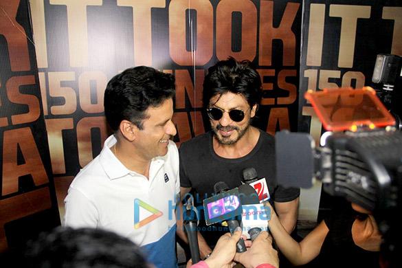 Shah Rukh Khan drops in to meet Manoj Bajpayee promoting his movie 'Traffic'