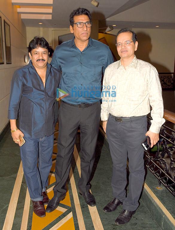 Kingshu Goon, Mukesh Rishi, Champak Jain
