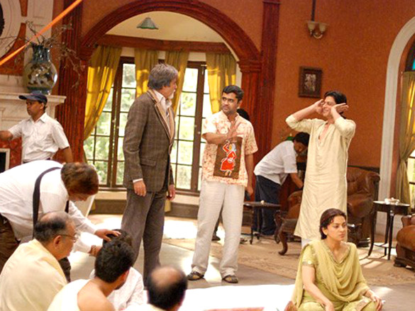 On The Sets Of The Film Bhoothnath (2008) Featuring Amitabh Bachchan,Shahrukh Khan