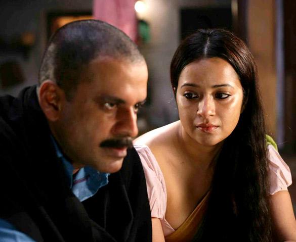 Movie Still From The Film Gangs Of Wasseypur,Manoj Bajpayee,Reema Sen