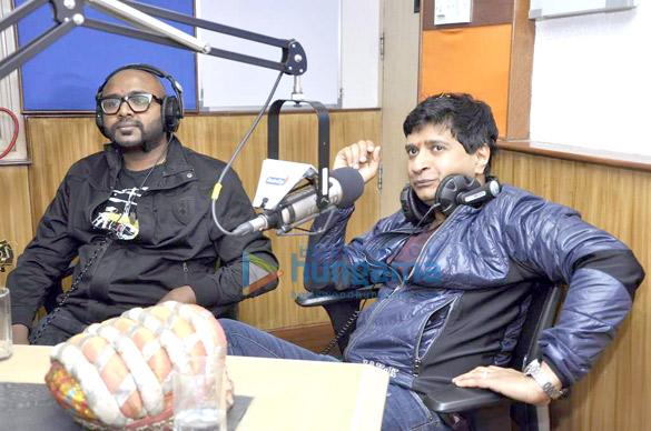 Benny Dayal & KK at Radio City 91.1 FM's Musical-e-Azam