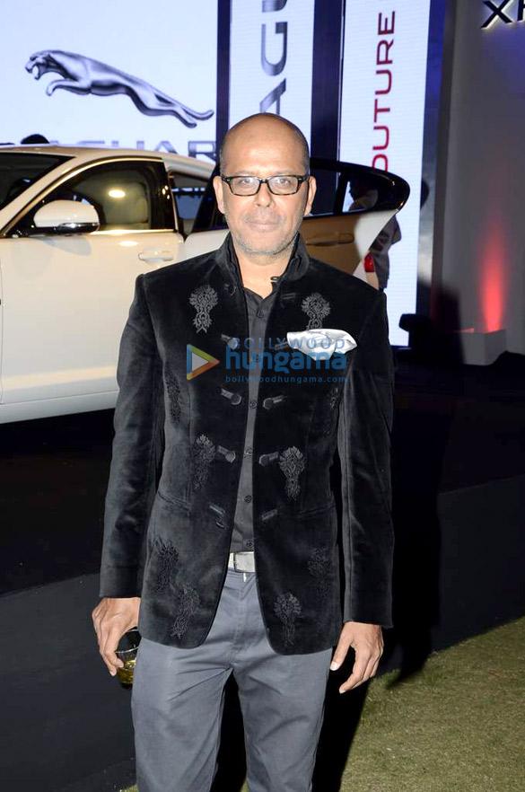 Niketan Madhok, Vidya Malvade at Narendra Kumar's fashion show for Jaguar