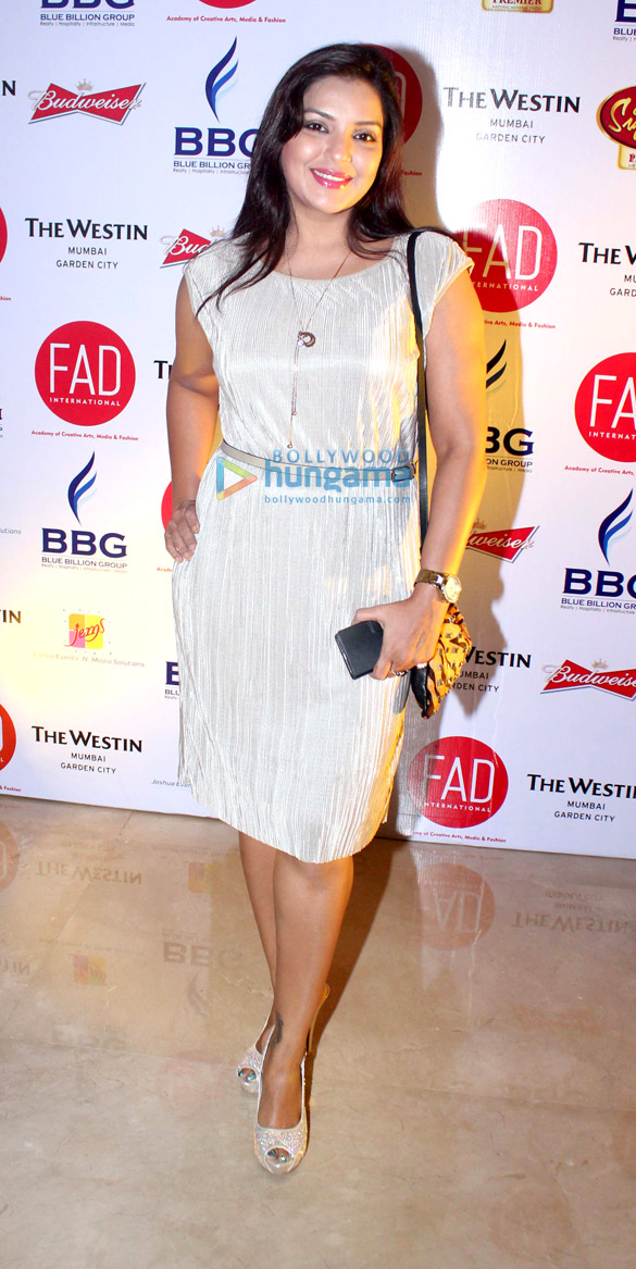 Celebs grace 'Fashion Theatrical' fashion show