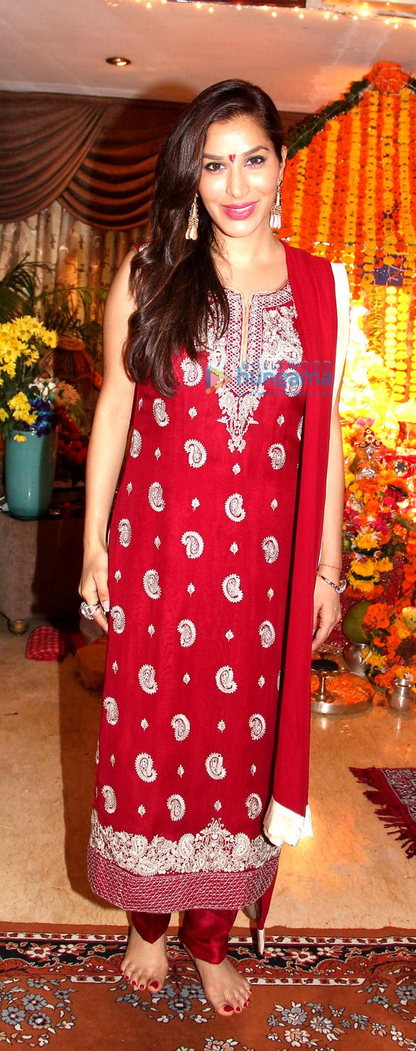 Bappi Lahiri celebrates Ganesh Chaturthi