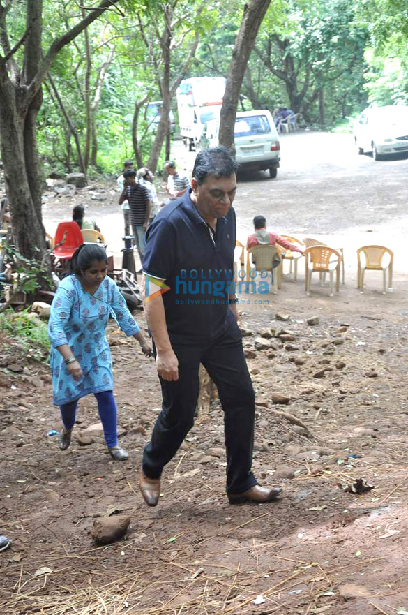 On the location of CID as they celebrate 1000 episode