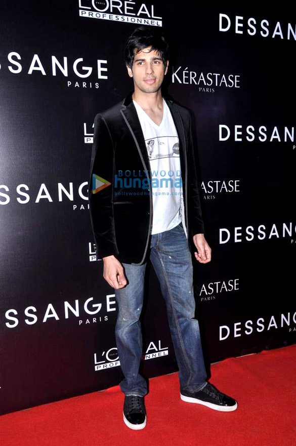 Alia & Sidharth Malhotra at the launch of 'Dessange' beauty salon