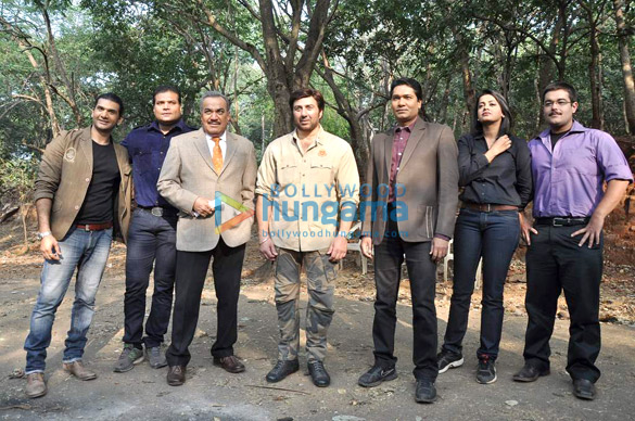 Dayanand Shetty, Shivaji Satham, Sunny Deol, Aditya Srivastava