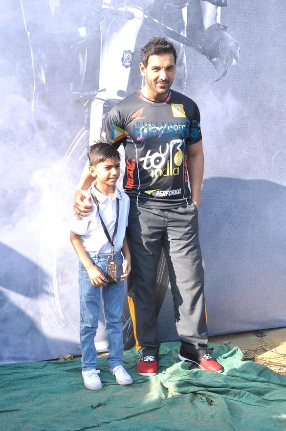 John Abraham at Tour De India 2013 Cyclothon
