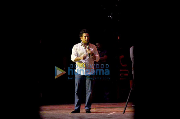 Sachin Tendulkar, Tanuja and others watch 'Grease' play
