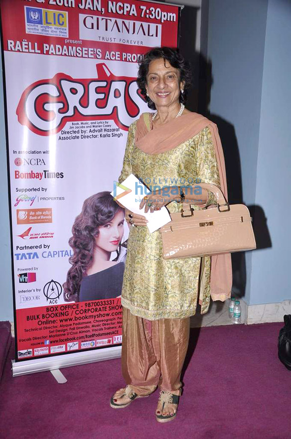 Sachin Tendulkar, Tanuja and others watch 'Grease' play