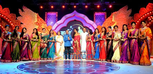 Priya Bapat, Urmila Kanitkar, Shruti Marathe, Hemangi Kavi, Asha Bhosle, Mahesh Tilekar, Rekha, Ajit Pawar, Bhargavi Chirmuley, Deepali Sayyad, Kranti Redkar, Neha pendse, Smita Shewale