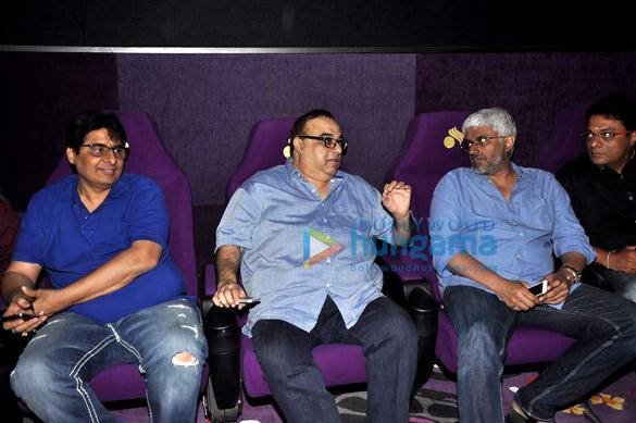 Vashu Bhagnani, Rajkumar Santoshi, Vikram Bhatt, Deepak Pandit