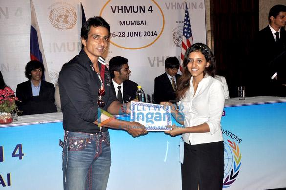 Sonu Sood graces the VHMUN 4 event for school children