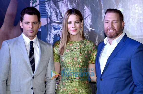 James Marsden & Michelle Monaghan grace premiere of 'The Best of Me'