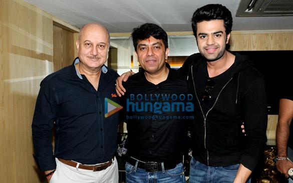 Anupam Kher, Vishwaas Paandya, Manish Paul