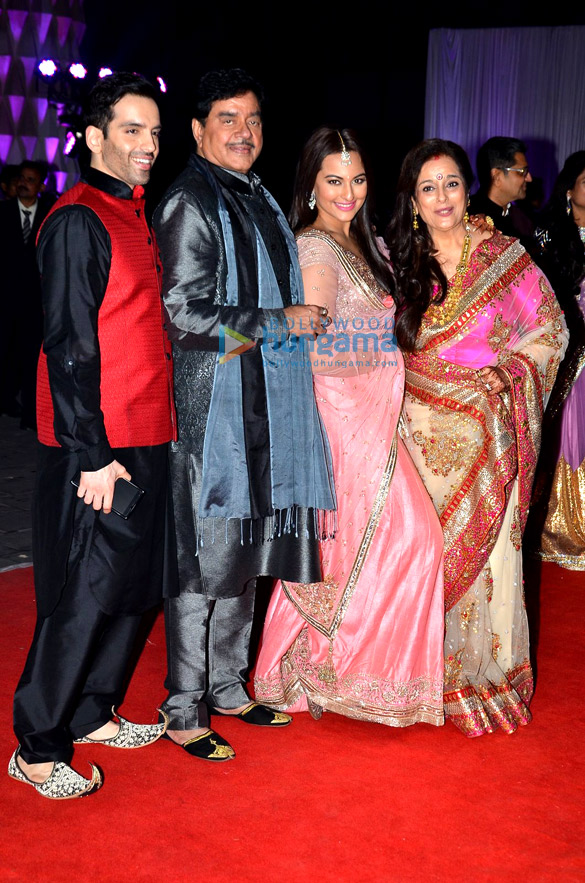Luv Sinha, Shatrughan Sinha, Sonakshi Sinha, Poonam Sinha